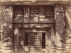 Close view of southern window of the sanctuary of the Mukteshvara Temple, Bhubaneshwar